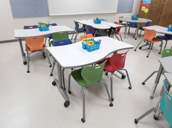 classroom-desk-seating-example